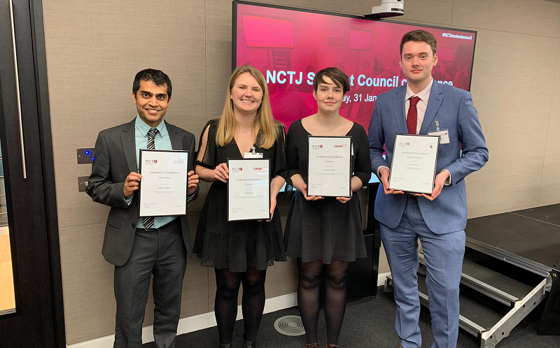 News Associates graduates with their NCTJ diploma awards